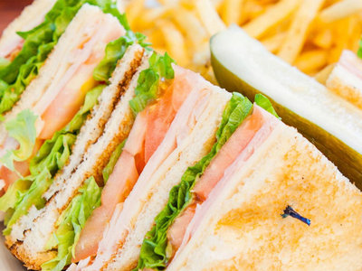 Serres Delivery Masiseto Club Sandwich Αλλαντικών